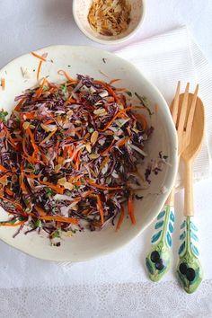 Ensalada de repollo colorado e hinojo Japchae, Colorado, Ethnic Recipes, Food, Fennel Salad, Coleslaw, Red Cabbage, Ethnic Food, Aspen Colorado