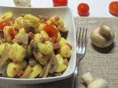 Gnocchi Prosciutto e Funghi Prosciutto, I Love Food, Potato Salad, Potatoes, Vegetables, Ethnic Recipes, Potato, Vegetable Recipes, Veggies