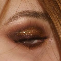 Love Makeup, Makeup Art, Makeup Looks, Brown Eyeliner, Eye Art, Creative Makeup, Colorful Makeup, Saturday Night, Smokey Eye