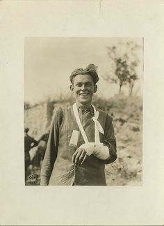 American soldier wounded but still happy. Boureuilles, Meuse, France. 09/26/1918. [United States. Army. Signal Corps. War, Relief of sick and wounded.]