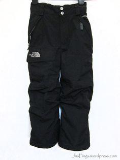 THE NORTH FACE Kids Ski Pants $160 North Face Kids, The North Face, Kids Skis, Kids Pants, Winter Wear, Hand Warmers, Parachute Pants, Skiing, Sweatpants