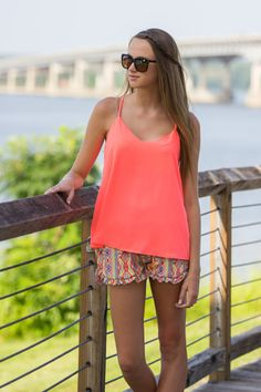 TOPS – Simply Dixie Boutique