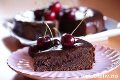 Mislykket sjokoladekake med moreller Sweet Recipes, Cake Recipes, Dessert Recipes, Norwegian Food, Norwegian Recipes, Something Sweet, No Bake Cake, Chocolate Cake, Brownies