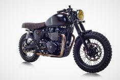 David Beckham's newest motorcycle is a gorgeous custom Triumph Bonneville that's the perfect mix of a cafe racer and scrambler Bonneville Motorcycle, Triumph Scrambler, Triumph Bonneville, Triumph Motorcycles, Custom Motorcycles, Street Scrambler, Custom Bikes, Cafe Bike, Cafe Racer Bikes