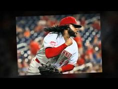 Reds trade Johnny Cueto to Royals