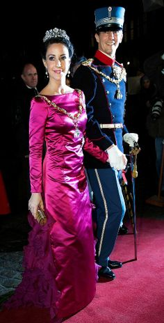 First day of 2013, first tiara event. The Danish Royal Family attended today the annual New Years reception at Amalienborg in Copenhagen.