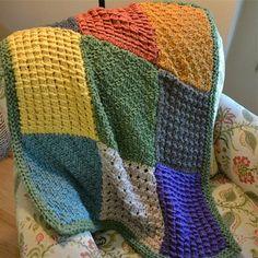 Spud & Chloë Outer Block Blanket (Free) in Spud & Chloë at Webs