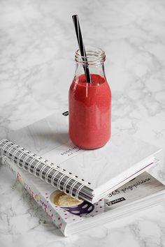 Jak zrobić idealny koktajl. 7 koktajli na 7 dni tygodnia. - FitSweet Raw Vegan Recipes, Low Carb Recipes, Mono Meals, Gymaholic, Fresh Fruit, Lemonade, Smoothies, Detox, Food And Drink