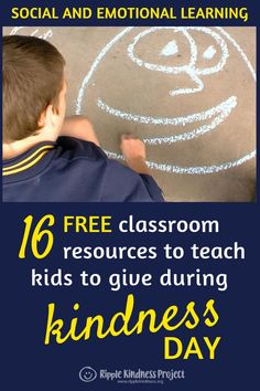 Random Acts of Kindness Day and World Kindness Day are wonderful opportunities for teachers to fill their school with kindness. These free resources will help to introduce classroom or whole school kindness initiatives that teach students the importance o Behavior Management Strategies, Classroom Management, Classroom Organization, Special Education Classroom, Classroom Resources, Teacher Resources, Classroom Ideas, Teaching Kids, Elementary Teaching