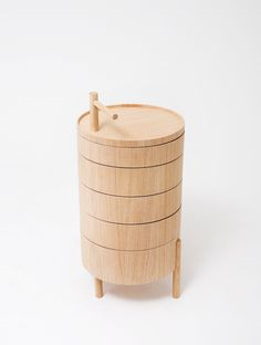 | Mushiki, Arco/Okay table, by Tomas Alonso. It is full of round drawers, so practical. |