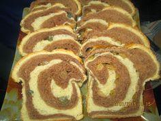 Prajituri de casa: Cozonac in doua culori Pancakes, Deserts, Bread, Breakfast, Mai, Postres, Crepes, Griddle Cakes, Desserts