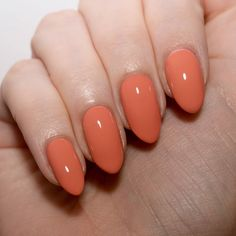 Morgan Taylor Perfect Landing - a muted coral that is an alternative to the bright spring pastels. Subtle spring manicure ideas. #talontedlex #morgantaylor #coralnails