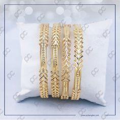 Gold Bangles For Women, Gold Bangles Design, Gold Jewellery Design, Gold Jewelry, India Jewelry, Jewelery, Bangle Set, Bangle Bracelets, Crystal Bracelets