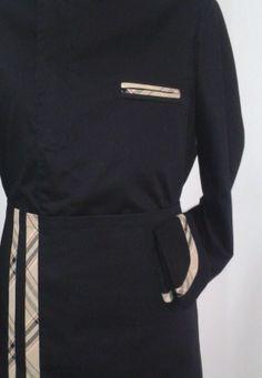 Mod. BRB #CHEF #giacca con abbottonatura nascosta e profili in contrasto abbinata al #grembiule con doppi riporti #Chef #Style #divisa #cucina #giacca #cuoco #pantalone #cappello #settore #ristorazione