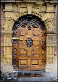 Wooden Door - Ghent, BE <3