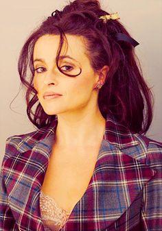 Helena is my favourite female actress, she was amazing in harry potter, the kings speech...need I go on? She is able to play so many different roles, and she has such a distinctive style.