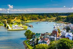 15 Best Day Trips from Washington DC - The Crazy Tourist Chesapeake Beach, Chesapeake Shores, Best East Coast Beaches, Beautiful Places In The World, Amazing Places, Vacation Spots, Vacation Ideas, Day Trips, Travel Usa