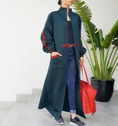 Qabeela Deep Geen  Sportsluxe 17 Abaya with Metal Detailing