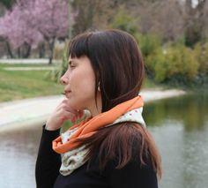 Cuello tubular reversible - Flor ocre de LoLahn Handmade por DaWanda.com