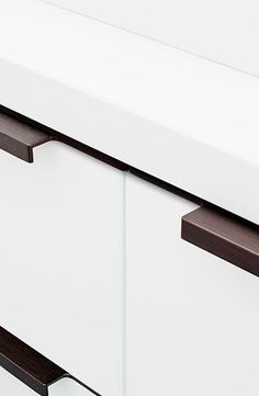 furnipart Collection, Trim Design furnipart, Material Aluminium, Finish 05 - Natural anodised / 08 - Bright chrome / 66 - Inox look / 76 - Brushed matt black / 94 - Antique bronze, Length For fronts with end size and Width Height 38 New Kitchen, Chrome, Office Supplies, Handle, Antiques, Profile, Chocolate, Design, Collection