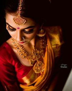 Ideas for south indian bridal photoshoot red Indian Bride Poses, Indian Wedding Photography Poses, Bride Photography, Photography Ideas, Bride Indian, Indian Photoshoot, Bridal Photoshoot, Bridal Shoot, Saree Photoshoot