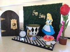 Alice in Wonderland Package A