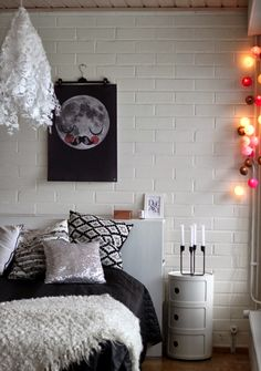Valoisaa vaaleaa Flat Screen, Furniture, Bedrooms, Home Decor, Blood Plasma, Decoration Home, Room Decor, Bed Room, Flatscreen