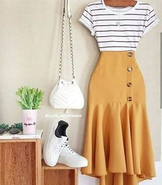 how to put outfits together Girls Fashion Clothes, Modest Fashion, Girl Fashion, Fashion Dresses, Fashion Design, Cute Casual Outfits, Chic Outfits, Spring Outfits, Fresh Outfits