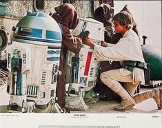 and Mark Hamill in Star The best movie of all the Star Wars/Star Trek movies. Star Wars Episode 4, Episode Iv, Star Trek, Star Wars Art, Mark Hamill, Star Wars Episodio Iv, Starwars, Figuras Star Wars, Cuadros Star Wars