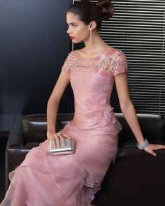 Wedding dresses created by designer Rosa Clará for sophisticatedly elegant  and alluring brides. 9ad942a79d4f