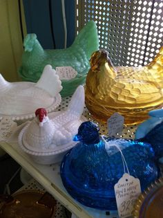I may have to start collecting glass nesting hen dishes!  I just put a bid on a jadite one on ebay for less than $15!!  I have been looking at carnival glass ones also - very pretty!