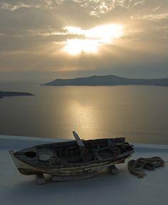 Sunset Santorini Greece #photos, #bestofpinterest, #greatshots, https://facebook.com/apps/application.php?id=106186096099420
