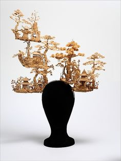 """""""Chinese Garden""""  Philip Treacy for Alexander McQueen, 2005  The Metropolitan Museum of Art"""