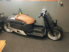 Fast Scooters, Honda Scooters, Motor Scooters, Scooter Motorcycle, Moto Bike, Scooter Custom, Custom Bikes, Sidecar, Vespa Logo