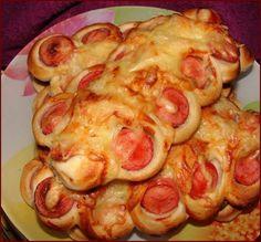 Párok v ceste - Mňamky-Recepty. Yummy Snacks, Snack Recipes, Yummy Food, Easy Recipes, Bulgarian Recipes, Slovak Recipes, Fish Dishes, Dry Yeast, Good Food