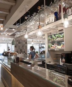 A recent realization is located in Ladispoli, where Ferroluce products, carefully selected and combined in the fresh and renewed atmosphere of Gelateria and Pasticceria Mavì, are perfectly integrated and let enjoy all their Retro taste. Luogo / Place: 00055 - Ladispoli (Rm), viale Italia 79/81 Architects: Nicola Moschetta, Ilaria Civitelli, Valerio Moschetta  2017