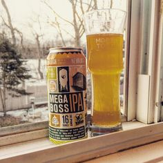 If you think my window sill's been very hops-centric of late, I'm sorry. It's getting even hoppier today! The MegaBoss IPA, made by Newburgh, NY's Newburgh Brewing Company, is brewed with 8 different kinds of hops: Whole Leaf Delta, Simcoe, Amarillo, Sorachi Ace, Lemon Drop, Apollo, Cascade and Centennial hops. Delicious!
