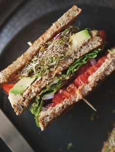 Hummus & Veggie Club Sandwich This post comes from our contributor Jill of a Better Happier St. Homemade Hummus makes 1 cups hummus 1 can garbanzo beans, drained 2 tbs cup tahini Sandwiches, Whole Food Recipes, Cooking Recipes, Crostini, Veggie Sandwich, Hummus Sandwich, Vegetarian Recipes, Healthy Recipes, Good Food