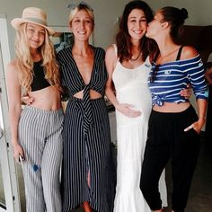 gigi and bella with their older sisters alana and marielle.