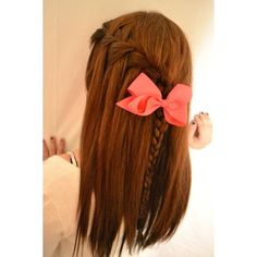 hair braid and bow ❤ liked on Polyvore featuring hair, hairstyles, hair styles, cabelo and peinados
