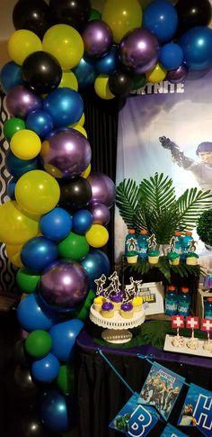 Happy Birthday Boy, 11th Birthday, Boy Birthday Parties, Birthday Ideas, Birthday Cake, Balloon Arch, Balloon Garland, Balloons, Theme Parties
