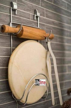 20 Kitchen Organization Must Haves for Indian Kitchens. Kitchen Organization Must Haves. Is your kitchen overcrowded and spilling over with pots, pans and all sorts of cooking gadgets? Control the mess with these kitchen organization must haves! Kitchen Room Design, Modern Kitchen Design, Home Decor Kitchen, Interior Design Kitchen, Modern Kitchen Interiors, Eclectic Kitchen, Eclectic Decor, Kitchen Designs, Home Kitchens