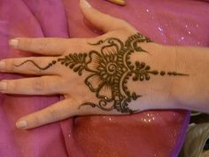 HeartFire Henna via Flickr