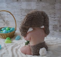 3 to 6m Baby Bunny Hat Pom Pom Diaper Cover Outfit For Boys and Girls in Brown and Cream #halloweencostumes #babygirl #babyboy #babyhats #babycrochet #babygirlclothes #babyboyclothes #babybunnies #kidsfashion #photoprop #babyshowerideas #babyphotography