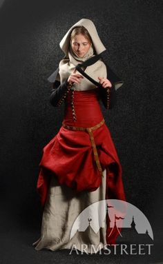 "Medieval Dress with Detachable Sleeves, Gorget and Hood ""Medieval Dream"" - Armstreet"
