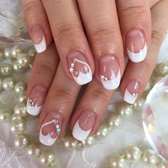Wedding Nails Elegant Bridal Nails - Enchanting Ideas for your DIY Wedding Manicure A . Wedding Manicure, Wedding Nails For Bride, Bride Nails, Wedding Nails Design, Wedding Nails Art, Wedding Art, Bling Wedding, Bridal Nails Designs, Wedding Ideas