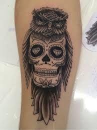 Resultado de imagem para tatuagem caveira mexicana masculina