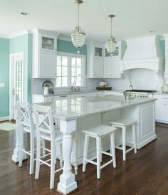 Kitchen showrooms hd kitchen design,small white kitchen island where to buy kitchen islands with seating,country farmhouse kitchen decor vintage red kitchen accessories. Beach House Kitchens, Home Kitchens, Coastal Kitchens, Galley Kitchens, Kitchen Redo, New Kitchen, Kitchen Ideas, Kitchen Cabinets, White Cabinets