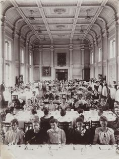 Royal Holloway has a fascinating history- dinner at Royal Holloway College, Founder's dining hall