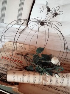 Boule in fil di ferro creata da sissygiov su Instagram
